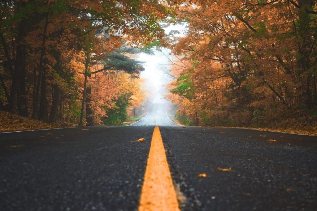 trucking-safety-in-the-fall-season